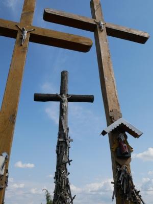 Kolme ristiä.
